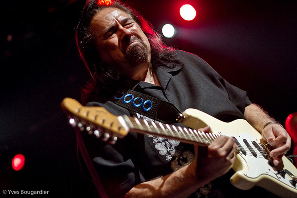Coco Montoya With Sol Roots Perform In Washington DC